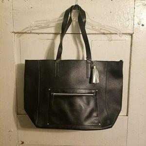 Handbags - 🌟SALE🌟Black Tote Bag NWOT